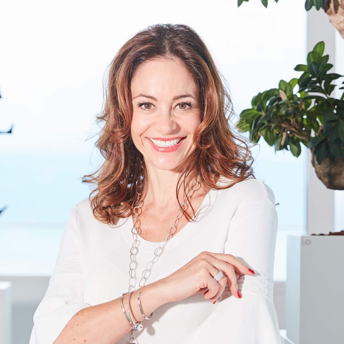 Sandra Pelichet-Michel-1200.jpg